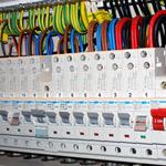 Material za elektro inštalacijo.